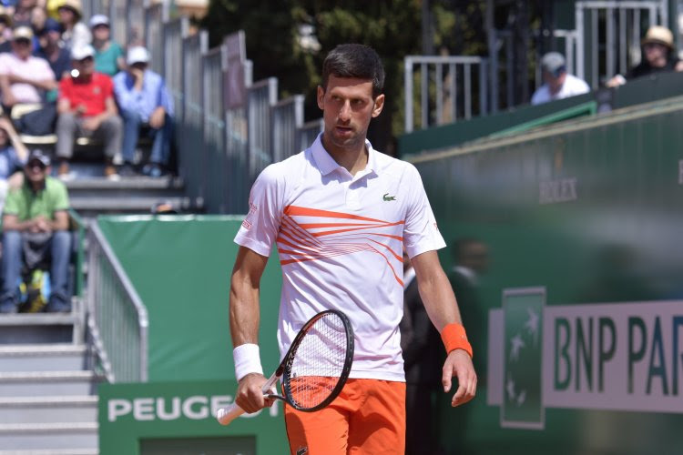 """Djokovic klaagt 'heksenjacht' aan en zou Adria Tour zo opnieuw organiseren: """"Hoe kan je alles op één persoon steken?"""""""