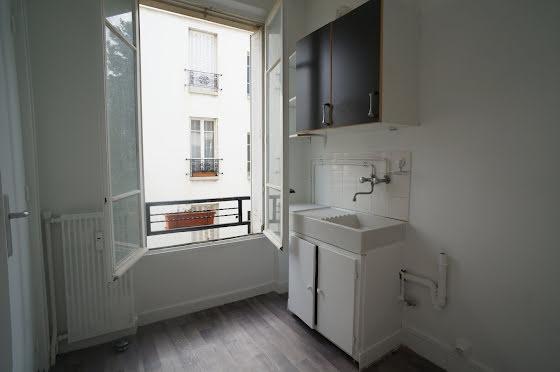 Location studio 27,28 m2