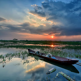 Silent afternoon by Yoce Mocodompis - Transportation Boats (  )