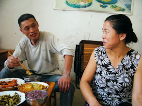 Photo: journey hometown in summer 2013 shakes doubts and plows hope: lingering in Town Tian in summer heat most of our vacation.here my 2nd elder sister with her husband before welcome dinner.