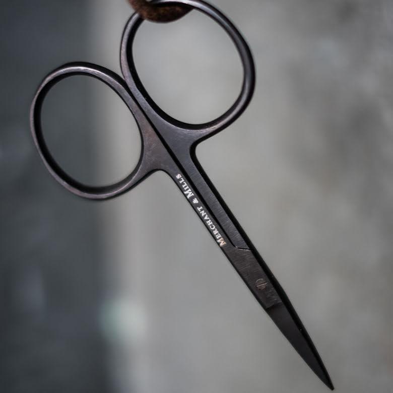 Wide Bow Scissors