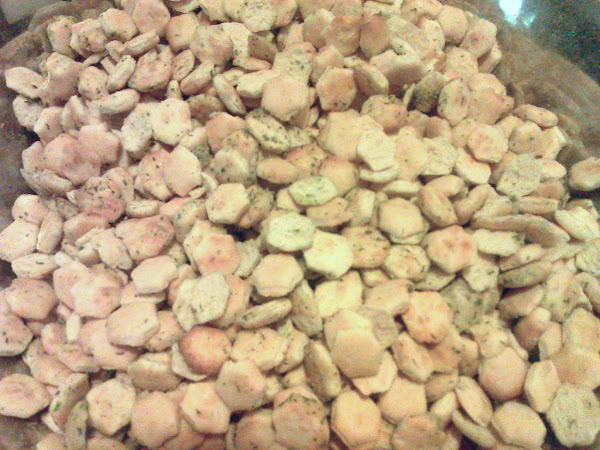 Oyster Cracker Snackers Recipe