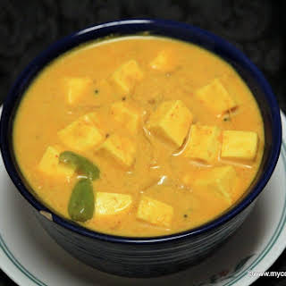 Dahi Paneer – Dahi Wala Paneer – Paneer Subzi in Yogurt Gravy.