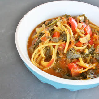 Spicy Fresh Tomato Kale Pasta Soup.