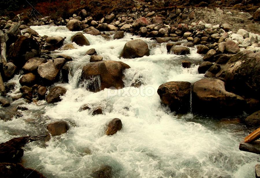 by Saheb Santanu - Nature Up Close Water