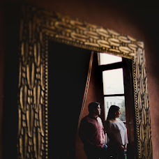 Fotógrafo de bodas Esteban Meneses (emenesesfoto). Foto del 21.03.2018