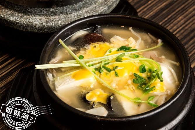 玉豆腐韓國家庭料理野菜嫩豆腐煲