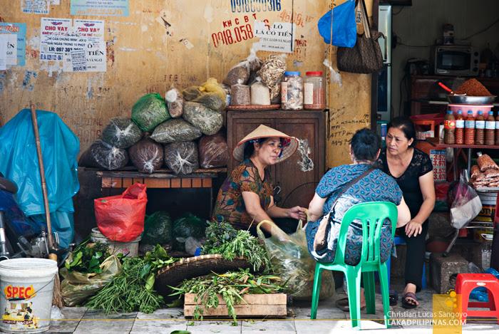 Shopping Hanoi Vietnam