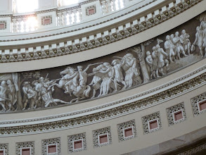 Photo: Fresco with the beginning of the Civil War.