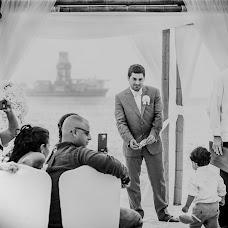 Wedding photographer Santiago Ospina (Santiagoospina). Photo of 25.10.2017