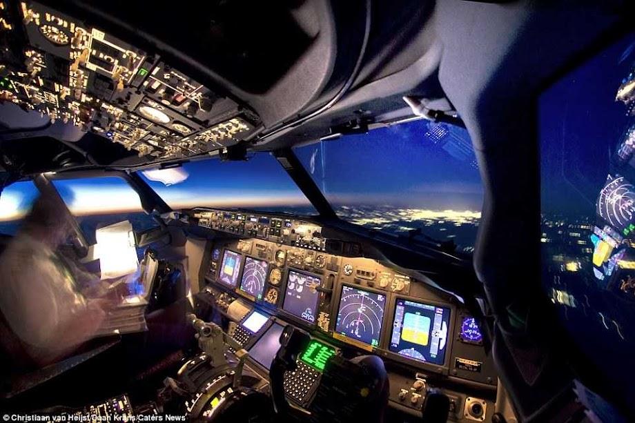 cockpit 11