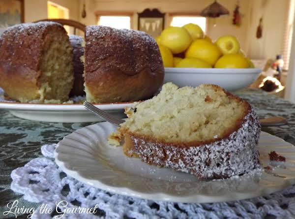 Simple Lemon Bundt Cake With Lemon Syrup