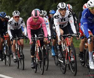 Sensatie in de Giro! Kelderman kraakt en zal roze trui kwijtspelen, Hart en Hindley maken er een mooie strijd van