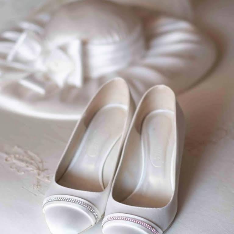 Scarpe Sposa Aversa.Mama Sposa Elegance Negozio Di Scarpe Da Sposa Anche Su Misura