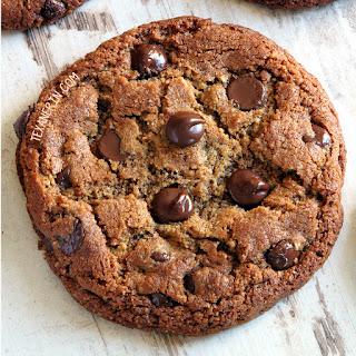 Paleo Peanut Butter Cookies (vegan option, grain-free, gluten-free, dairy-free).