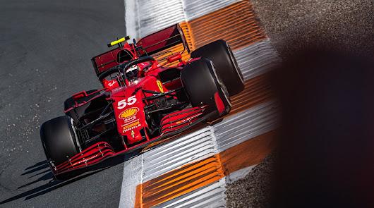 Carlos Sainz fue superado por Alonso en la última vuelta, finalizando séptimo