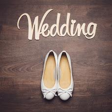 Wedding photographer Viktoriya Rendom-Savinkova (VickyRandom). Photo of 30.04.2014