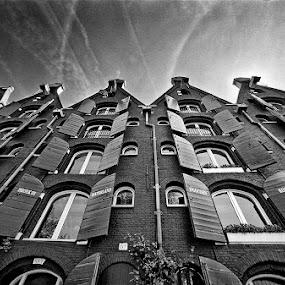by Thilo Bayer - Buildings & Architecture Public & Historical ( pwcbuilding )
