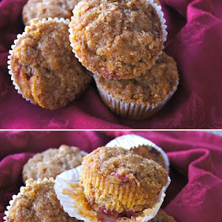 Gluten-Free Spiced Cranberry Sauce Corn Muffin