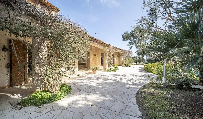 Maison avec terrasse Biot