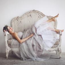 Wedding photographer Anna Kvyatek (sedelnikova). Photo of 08.04.2014
