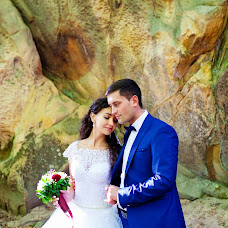 Wedding photographer Aleksandr Kostosyak (saniol). Photo of 03.04.2018