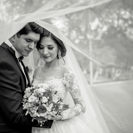 Wedding photographer Zied Kurbantaev (Kurbantaev). Photo of 11.03.2018