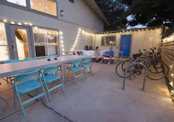 HI - Austin Hostel