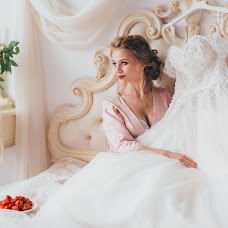 Wedding photographer Evgeniya Dobrotvorskaya (dobrotvorskaya). Photo of 26.07.2017