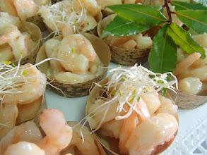 Photo: Pirogue bambou de crevettes à l' ail