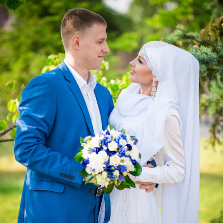 Wedding photographer Irina Kurmanaeva (Irastr). Photo of 16.10.2017