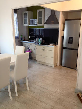 Location studio meublé 50 m2