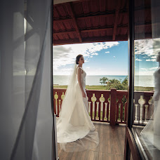 Wedding photographer Anastasiya Ivanova (nastopur). Photo of 20.04.2018