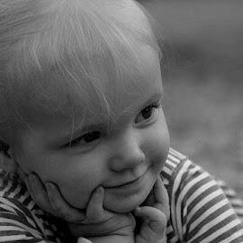Hallo by Fanie van Vuuren - Babies & Children Child Portraits (  )