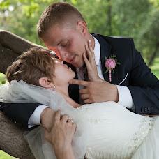 Wedding photographer Alena Ostankova (Uskova). Photo of 06.02.2014