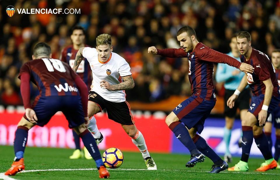 http://www.valenciacf.com/bd/imagenes/imagen76309g.jpg