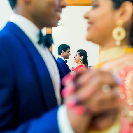 Wedding photographer Thilagarajan Selvaraj (qrosqro). Photo of 17.08.2017