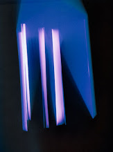 Photo: © Olivier Perrot Photogram Photogramme coul lecture 2000 40x54cm Ref : livre0116