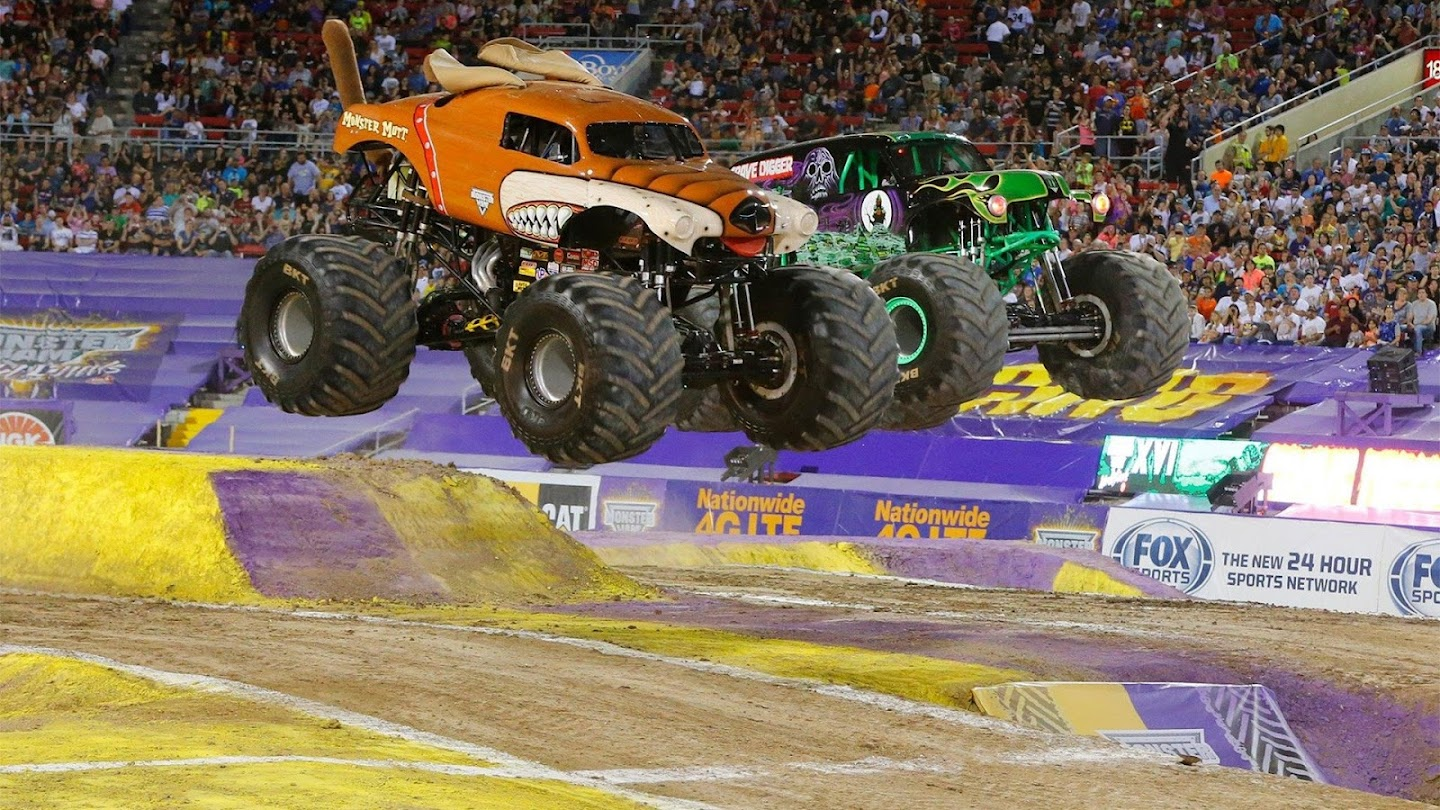 Watch Monster Jam Season Preview 2018 live