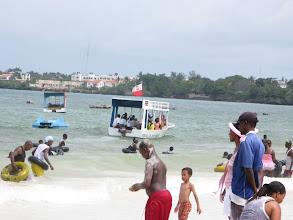Photo: polski akcent na plaży publicznej w Bamburi