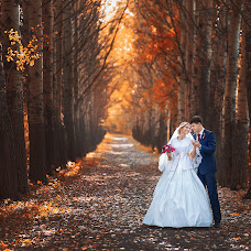 Wedding photographer Yana Savickaya (Savitskaya). Photo of 28.10.2015
