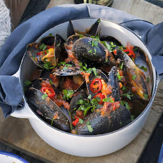 Mussels in Chili Tomato Broth.