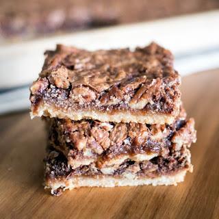 Maple Chocolate Pecan Pie Bars Recipe