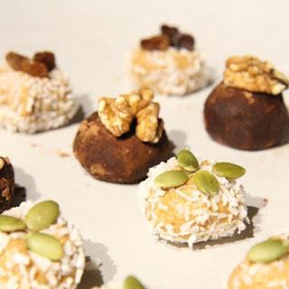 Super Easy Coconut Cashew Energy Balls