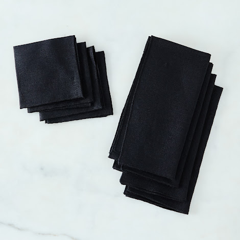 Black Linen Napkins (Set of 4)