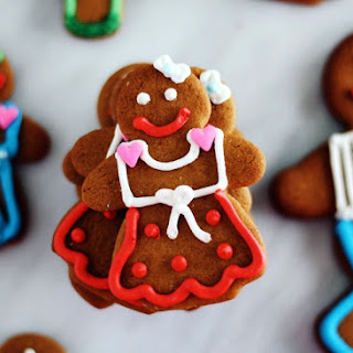 Gingerbread Man Decorating Party.