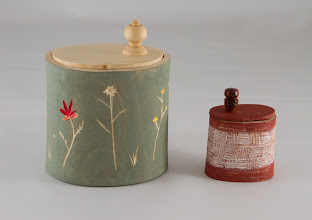 "Photo: Ed Karch 4"" x 3""  &  2"" x 1 1/2"" shrink boxes [river birch & Norway spruce with milk paint and incised patterns]"