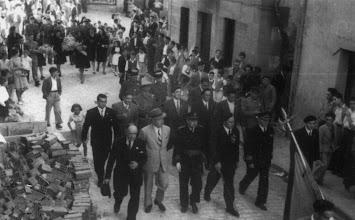 Photo: Banderen desfile eta bedeinkapena