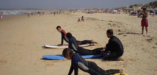 Surfing Baleal - Surf Camp And Surf School