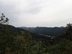 東側の展望(左に水晶山)